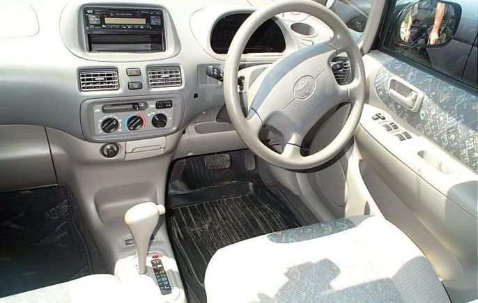 Toyota Corolla Spacio, 1998 год, 179 000 руб.