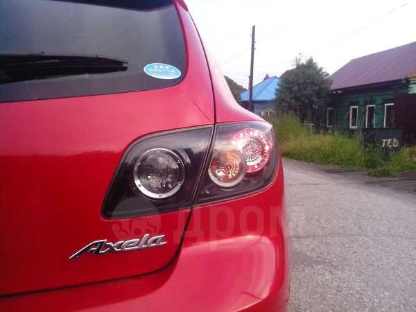 Mazda Axela, 2004 год, 405 000 руб.