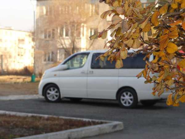 Nissan Elgrand, 2003 год, 665 000 руб.