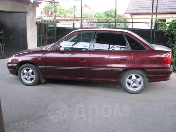 Opel Astra, 1992 год, 97 000 руб.