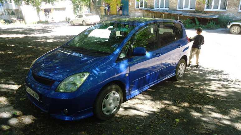 Toyota Corolla Spacio, 2002 год, 300 000 руб.