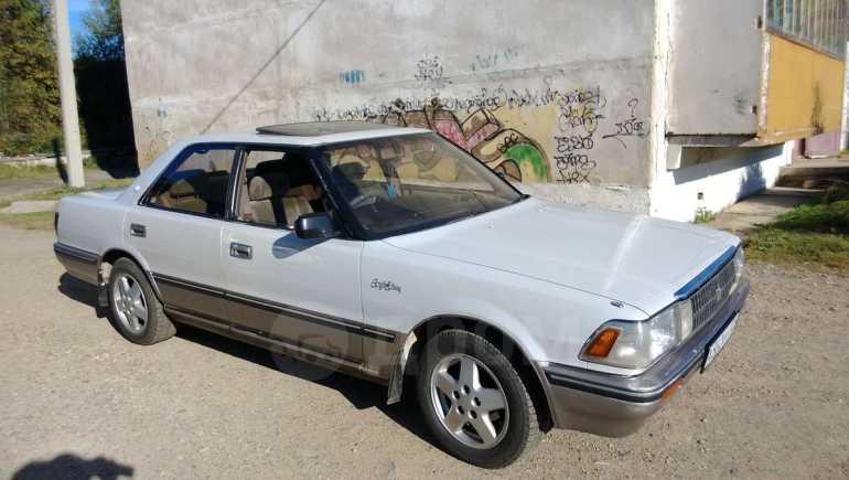 Toyota Crown, 1990 год, 165 000 руб.
