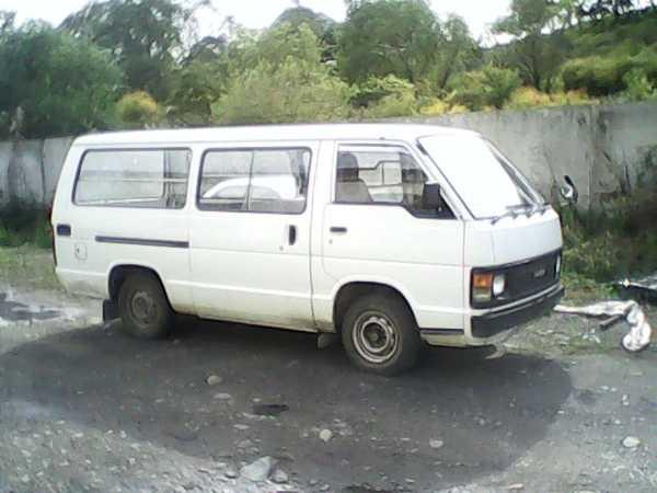 Toyota Hiace, 1988 год, 140 000 руб.