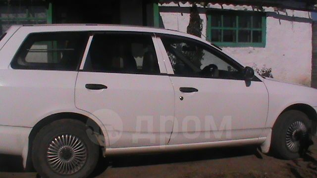 Mazda Familia, 2000 год, 185 000 руб.