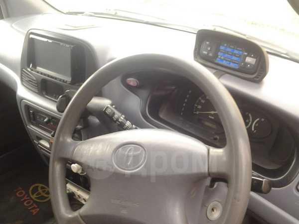 Toyota Lite Ace, 2001 год, 285 000 руб.