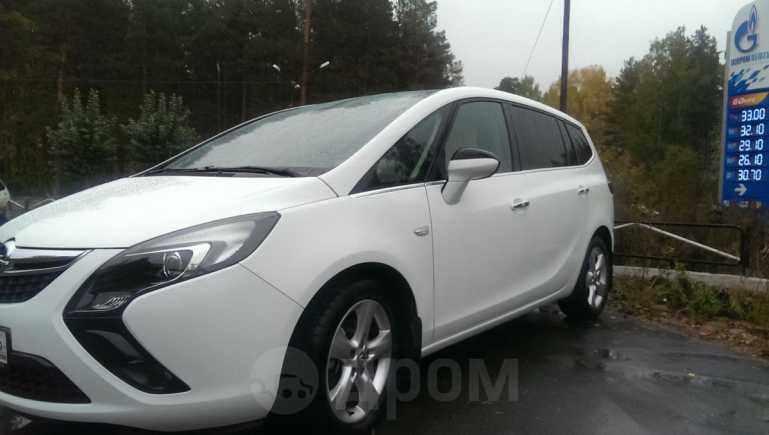 Opel Zafira, 2012 год, 965 000 руб.