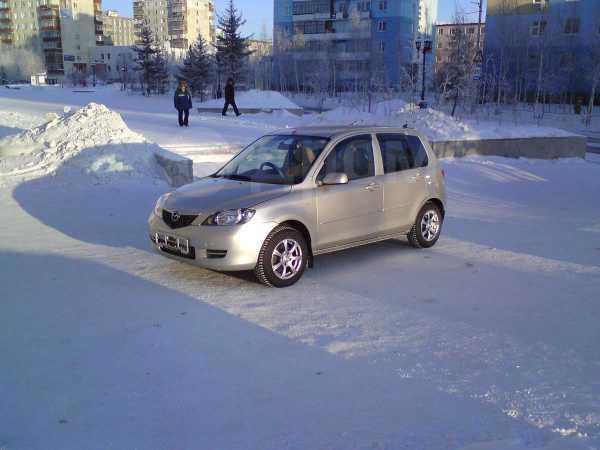 Mazda Demio, 2003 год, 330 000 руб.