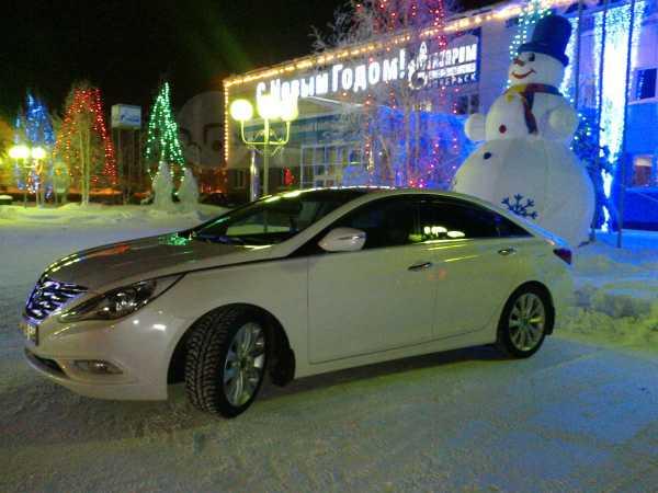 Hyundai Sonata, 2011 год, 870 000 руб.