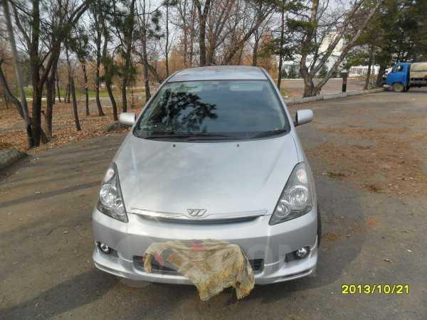 Toyota Wish, 2003 год, 385 000 руб.
