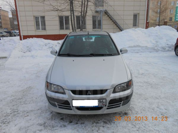Mitsubishi Space Star, 2003 год, 260 000 руб.