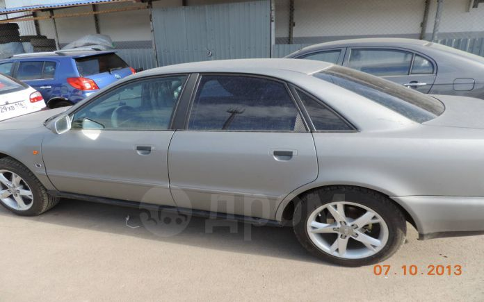 Audi A4, 1996 год, 275 000 руб.