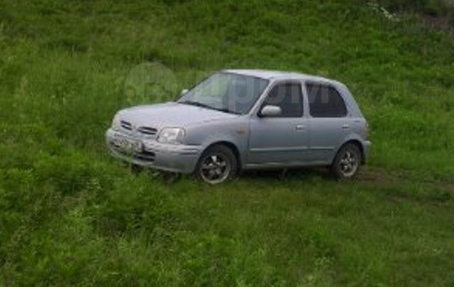 Nissan March, 2001 год, 200 000 руб.