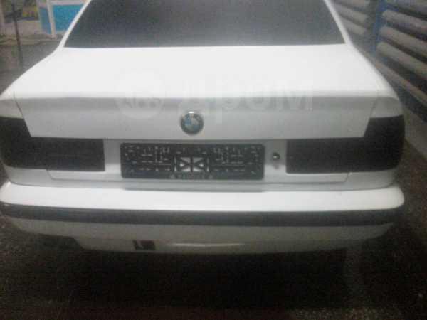 BMW 5-Series, 1988 год, 95 000 руб.