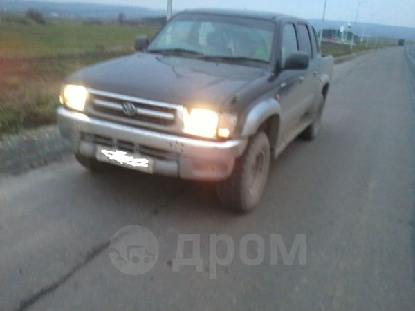 Toyota Hilux Pick Up, 2001 год, 630 000 руб.