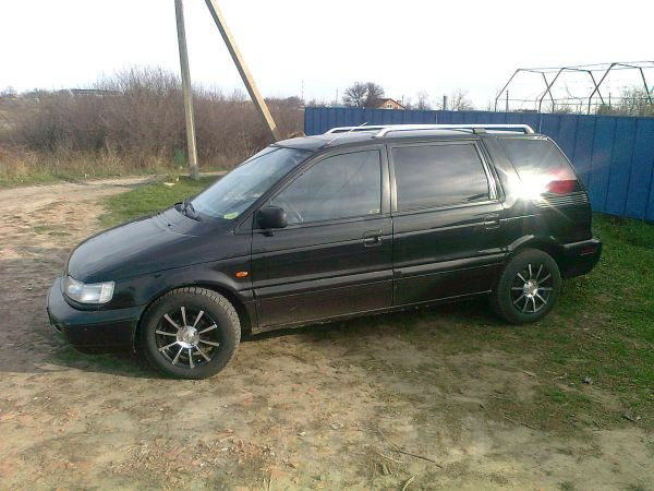 Mitsubishi Space Wagon, 1992 год, 120 000 руб.
