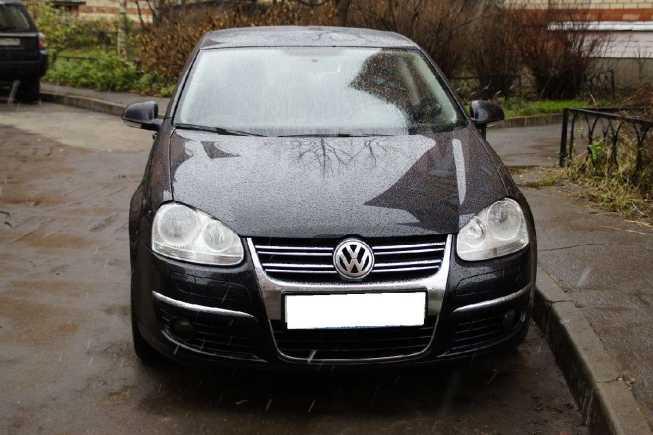 Volkswagen Jetta, 2010 год, 499 000 руб.