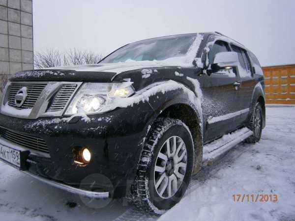 Nissan Pathfinder, 2011 год, 1 380 000 руб.