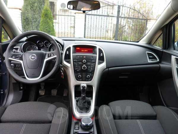 Opel Astra, 2010 год, 555 000 руб.