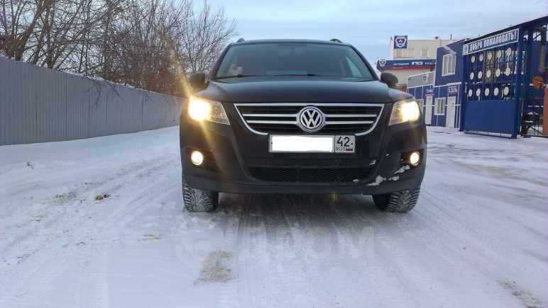 Volkswagen Tiguan, 2010 год, 679 000 руб.