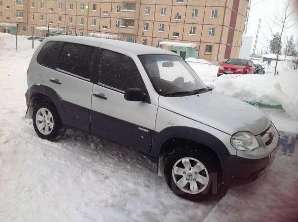 Chevrolet Niva, 2011 год, 390 000 руб.