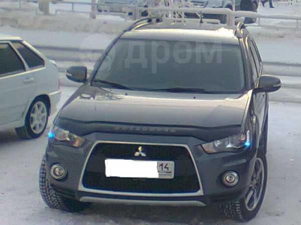 Mitsubishi Outlander, 2012 год, 1 200 000 руб.