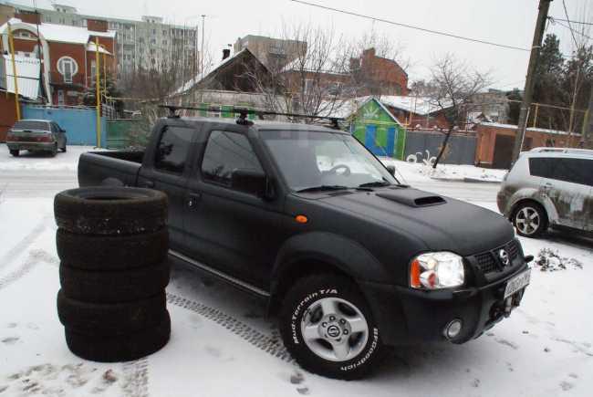 Nissan NP300, 2010 год, 650 000 руб.