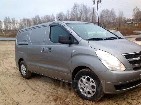 Hyundai Grand Starex, 2010 год, 700 000 руб.
