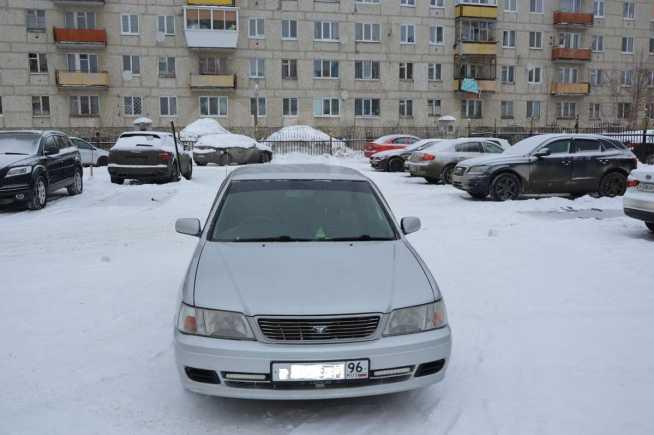 Nissan Bluebird, 2001 год, 200 000 руб.