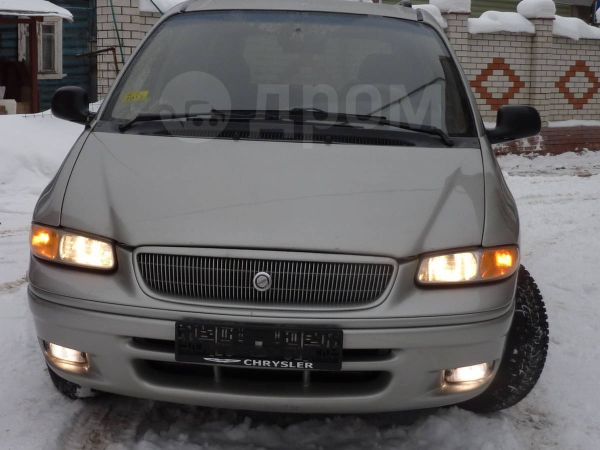 Chrysler Town&Country, 1999 год, 290 000 руб.