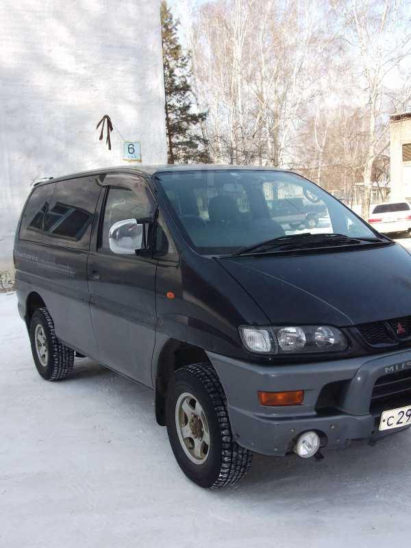 Mitsubishi Delica, 2001 год, 480 000 руб.
