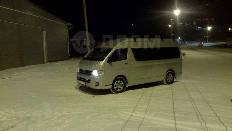 Toyota Hiace, 2012 год, 1 390 000 руб.