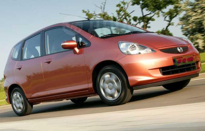 Honda Fit, 2007 год, 325 000 руб.