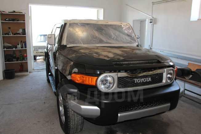 Toyota FJ Cruiser, 2010 год, 850 000 руб.