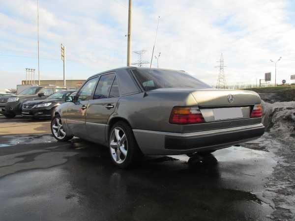 Mercedes-Benz E-Class, 1992 год, 160 000 руб.