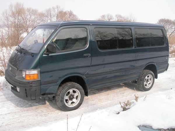 Toyota Hiace, 2000 год, 650 000 руб.