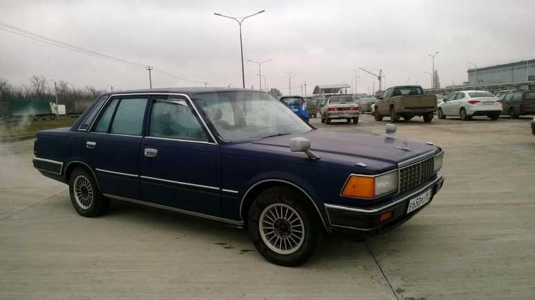 Nissan Cedric, 1983 год, 115 000 руб.