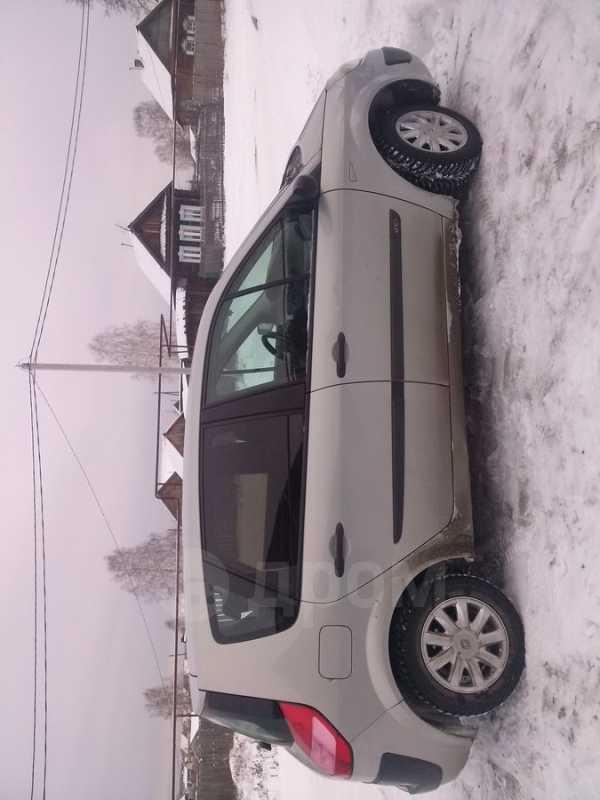 Renault Scenic, 2004 год, 280 000 руб.