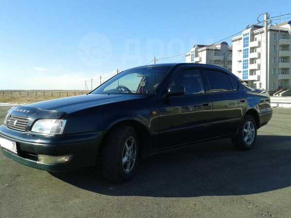 Toyota Camry, 1998 год, 265 000 руб.