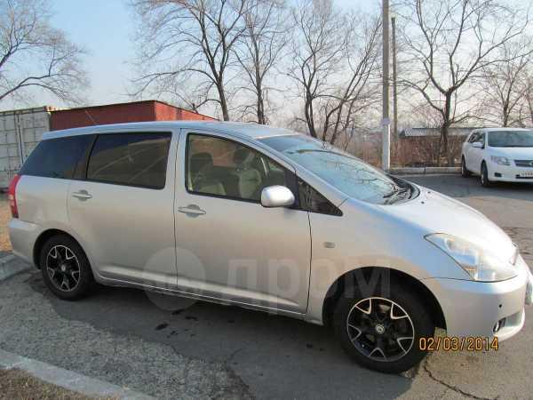 Toyota Wish, 2003 год, 360 000 руб.