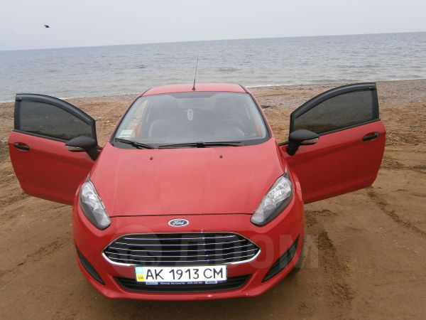 Ford Fiesta, 2013 год, $15700