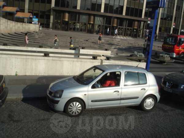 Renault Clio, 2007 год, 300 000 руб.