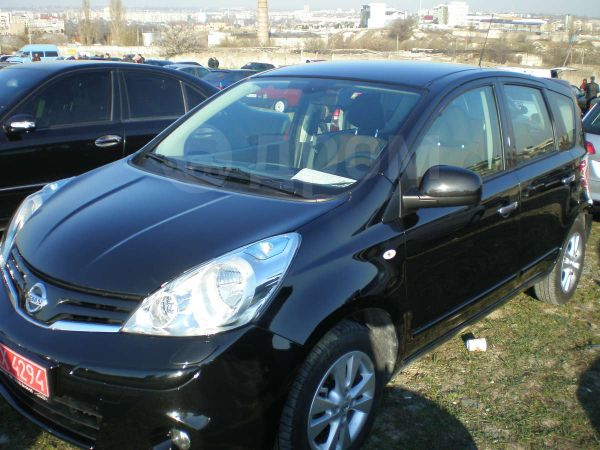 Nissan Note, 2011 год, $15000