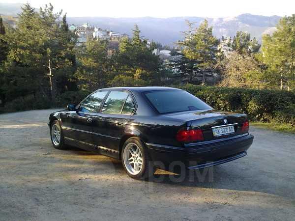 BMW 7-Series, 2000 год, $9999