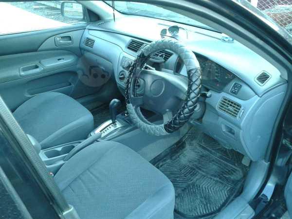 Mitsubishi Lancer, 2002 год, 280 000 руб.