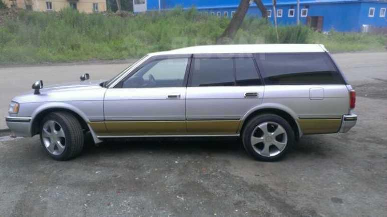 Toyota Crown, 1999 год, 220 000 руб.