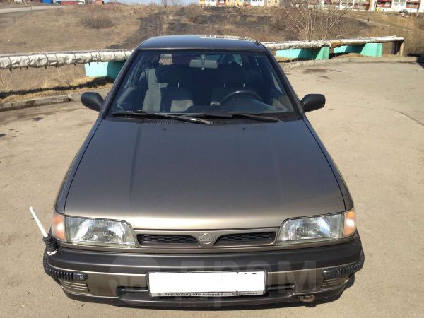 Nissan Sunny, 1992 год, 110 000 руб.