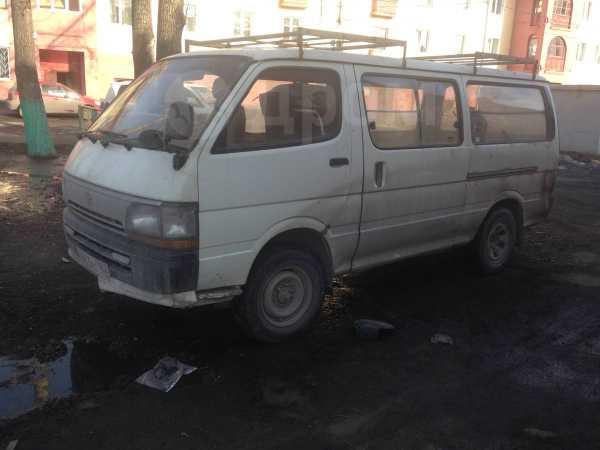 Toyota Hiace, 1995 год, 135 000 руб.