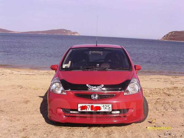 Honda Fit, 2002 год, 195 000 руб.