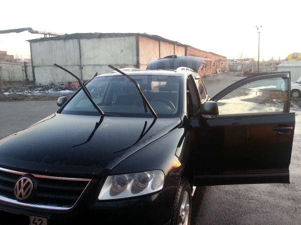 Volkswagen Touareg, 2005 год, 780 000 руб.