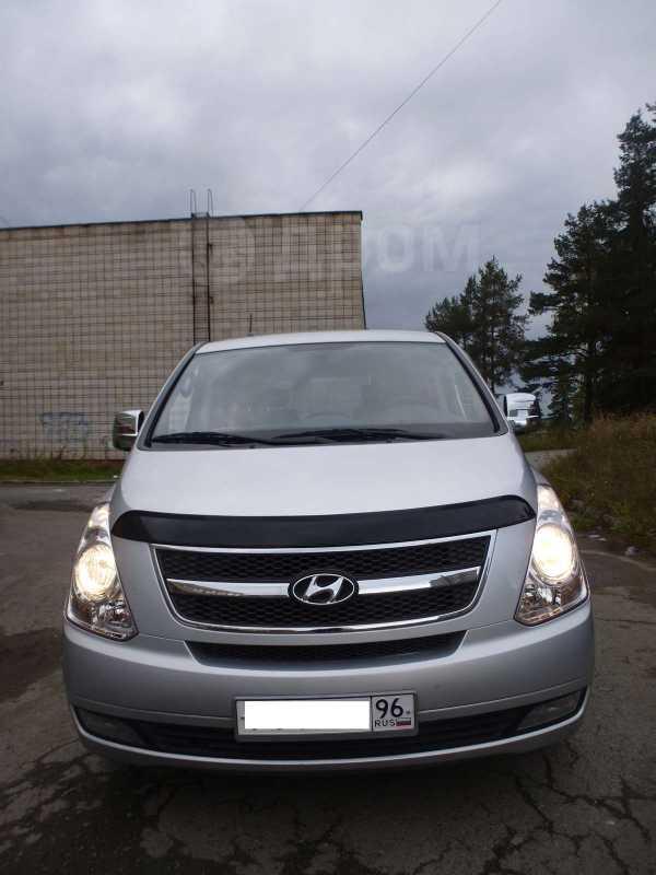 Hyundai Starex, 2009 год, 749 000 руб.